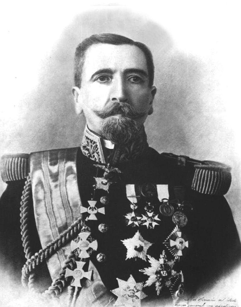 General Arístides Pinto Concha.